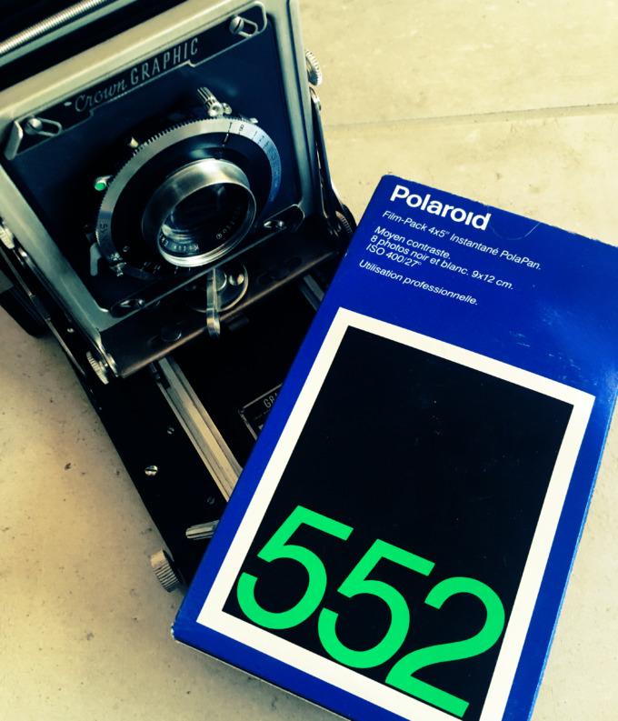 Polaroid 552